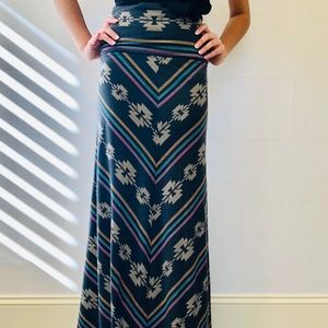 Mossimo Supply Co. Patterned Maxi Skirt